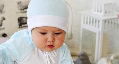 Шапочки для малышей в Kideria